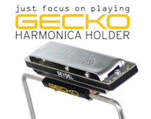 The GECKO harmonica holder